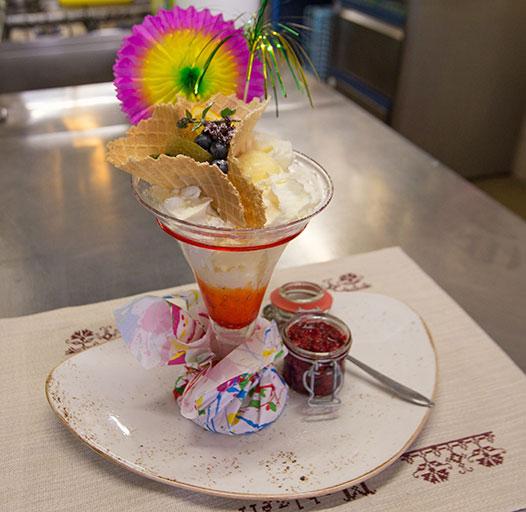Bergrestaurant mit regionalen Spezialitäten – Heiße Liebe